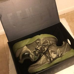 Fenty Bow Sneakers Women
